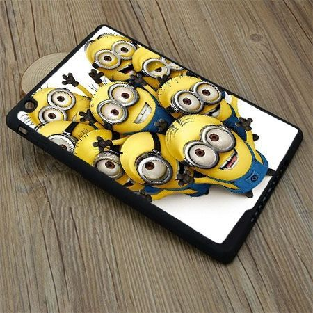 Etui na iPad Air case minionki grupa